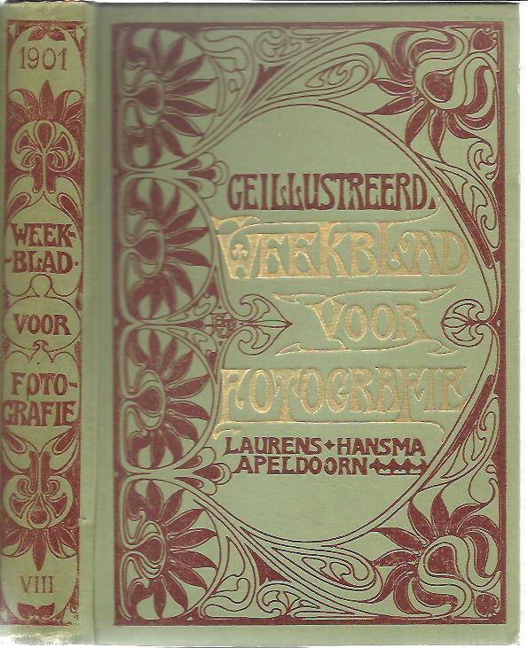 [WEEKLY FOR PHOTOGRAPHY] - Geïllustreerd Weekblad voor Fotografie. Achtste jaargang 1901. No. 1 t/m No. 52. Onder Redaktie en medewerking van J.H. Duyvis, Adr. Boer, F. v. Meerendkonk, J.J.M.M. v.d. Bergh, Rusticus, L.E.W. van Albada, W.H. Idzerda. A.J. Sanders van Loo, W.E. Asbeek Brusse, W.F.F. Oppenoorth, enz. enz..